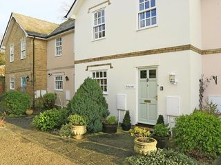 Hollycombe - Two Bedroom