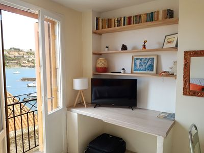 Photo for Heart of Collioure, large bright studio with view
