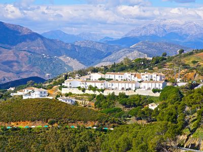 Photo for 3 bed house in beautiful location with stunning views close to Mijas and beaches