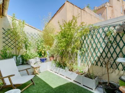 Photo for 4BR Apartment Vacation Rental in Aix-en-Provence, Bouches-du-Rhône