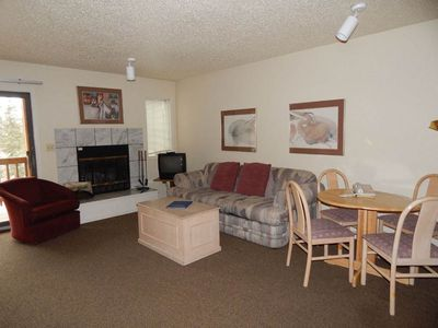 Photo for Perfect studio rental with Free in-unit wi-fi, fireplace, private deck and flat screen TV