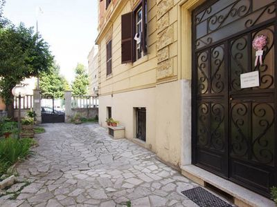 Photo for Welcome in 2 br Apartment in Rome