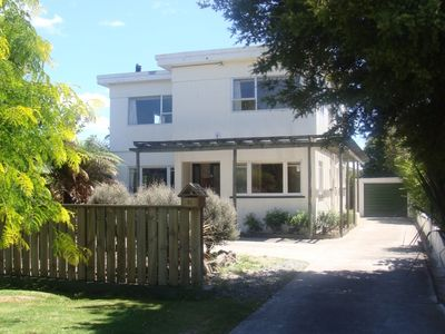Photo for Large centrally located Art Deco house