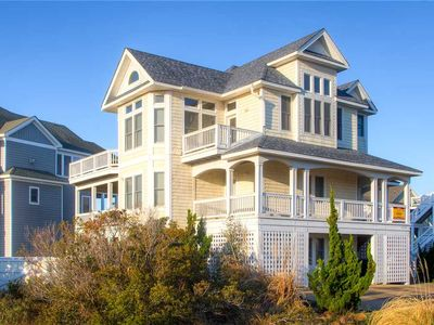Dog-Friendly Semi-Oceanfront Retreat- Pool, Hot Tub, Game Rm, Boardwalk to Beach
