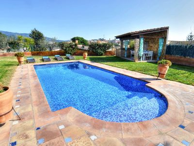 Photo for BEAUTIFUL CHALET WITH PRIVATE POOL IN CALONGE