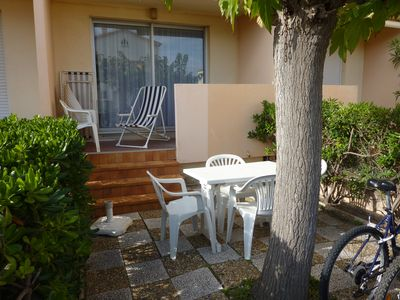 Photo for Narbonne-Plage T2 with Garden and Terrace. Clim. Calm. 50m from the beach