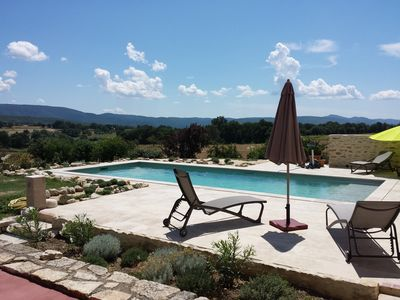 Photo for Charming house in Provence pool and exceptional views