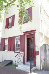 Photo for Historically Preserved Townhouse in Olde City!