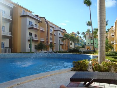 Photo for Paradise! 2 Pools, VERY short walk to beach, Restaurants, Excursions...