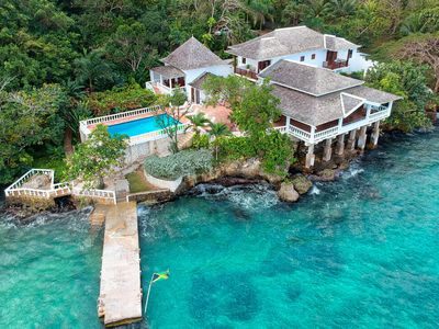 Photo for WATERFRONT VILLA! FULLY STAFFED! POOL! KAYAKS! Jasmin Hill in Ocho Rios 6B