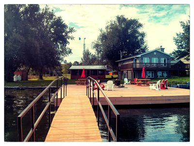 Photo for WATERFRONT RETREAT! 6 Queen Beds W/Lodge 1000 Isl.