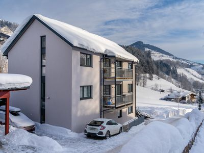 Photo for Beautiful and luxurious penthouse with modern kitchen, near Kaprun
