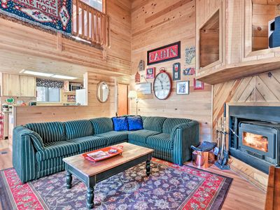 Photo for NEW! Cozy Pinetop Cabin - Fireplace & Covered Deck