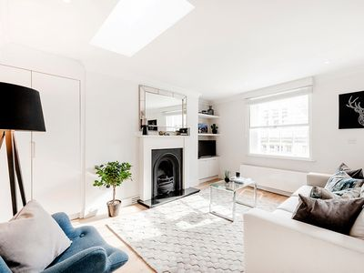 Photo for BRIGHT, STYLISH 1-BED IN SOHO #3