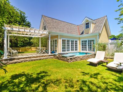 Photo for Romantic Shelter Island Cottage w/2 Pools & a Pond