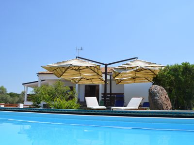 Photo for Villa Mirta: pool and garden 3km from the sea nature, Wi-Fi, swimming-pool barbecue