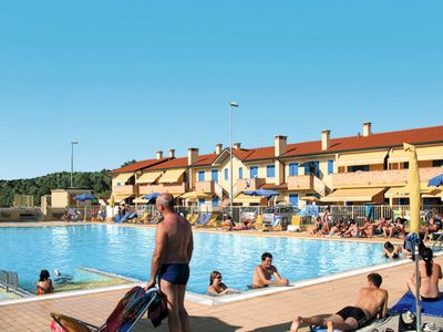 Photo for Apartment Villaggio Solmare (ROM230) in Rosolina Mare - 4 persons, 1 bedrooms