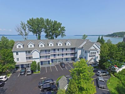 Photo for 2BR Condo Vacation Rental in Traverse City, Michigan