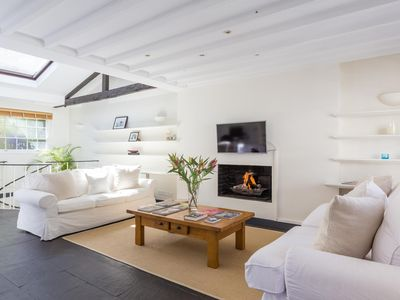 Photo for Holland Park Mews - luxury 1 bedrooms serviced apartment - Travel Keys