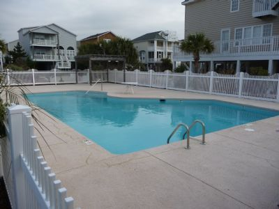 Beautiful house, kid-friendly community with a guests-only pool