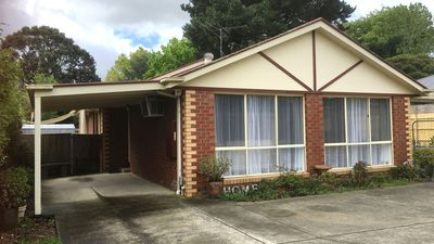 Photo for 3BR House Vacation Rental in Kilsyth, VIC