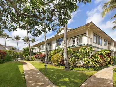 Photo for Beautiful 7 bedrooms in Poipu Kai for 16!  Pool, hot tub, tennis!