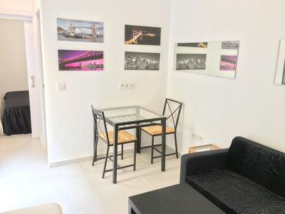 Photo for Uhagón IC apartment in Adelfas with WiFi.