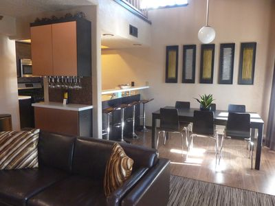 Wine bar with complimentary bottle - Coffee, hot cocoa, & popcorn also provided!