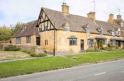 Photo for Weavers Cottage is a beautiful Cotswold stone cottage, with stunning character features throughout.