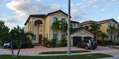 Photo for 1 bedroom apartment in hialeah florida