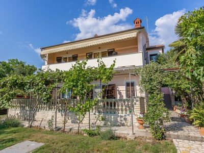 Photo for Apartment HOUSE VENTI  in Medulin, Istria - 7 persons, 3 bedrooms