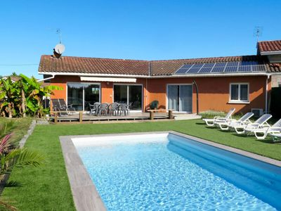 Photo for Soustons Holiday Home, Sleeps 8 with Pool, Air Con and Free WiFi