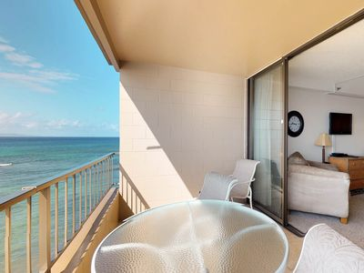 Photo for Oceanview studio suite with easy beach access, shared pool, hot tub, and more!