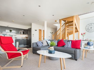Photo for Serene Dockside Penthouse | ExCel | @WildRoses | a - Three Bedroom Apartment, Sleeps 10