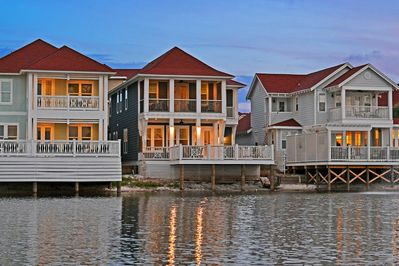 Welcome to Anchors Aweigh! A lakefront paradise gated in a beachside community!