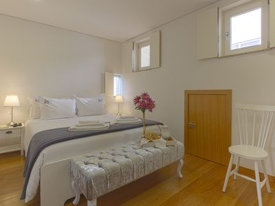 Photo for Duplex -  2 bedroom apartment - Historical area