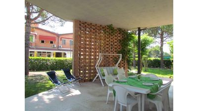 Photo for Beautiful apartment with terrace and garden - Beach Place Included