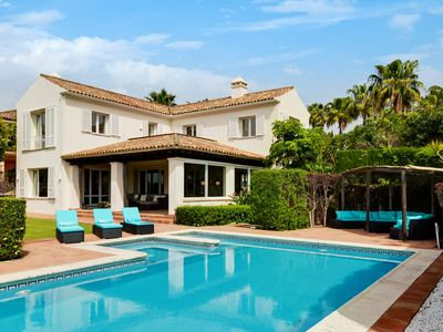 Photo for A beautiful, preppy chic holiday villa in Spain, large pool and 4 fine bedrooms!