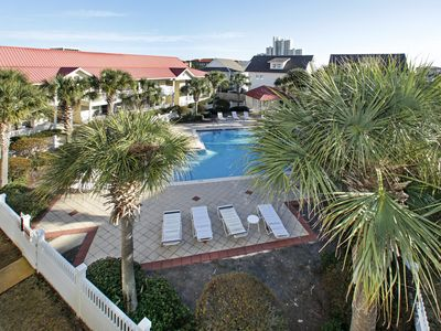 Photo for Pet Friendly - Free WiFi - Great Pool - 4 nt minimum! Great Rates!