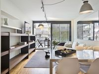 Well renovated luxurious apartment