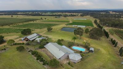 Photo for 4BR Cottage Vacation Rental in pokolbin, NSW