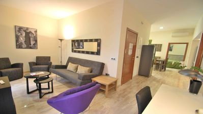 Photo for M5 3 bedrooms Apartment with Terrace / WIFI / Air conditioning / Kitchen in Historic Quarter