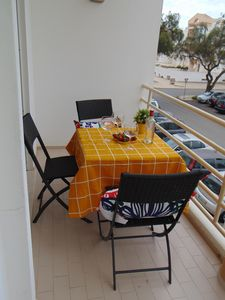 Photo for 3 bedroom apartment with access to pool and a few steps from the beach of Porto de Mós