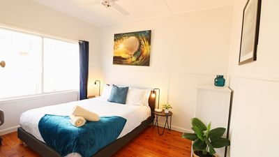 Photo for Bungo Beach House - 4 Bedroom & Pet Friendly! 2+ nights