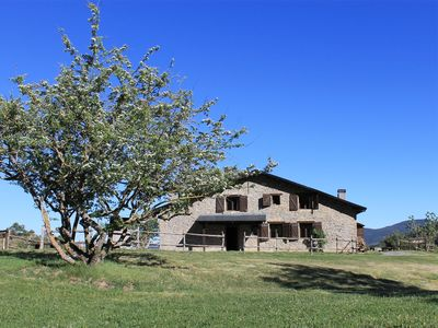 Photo for Beautiful house with pool in the Pyrenees. Wi-Fi