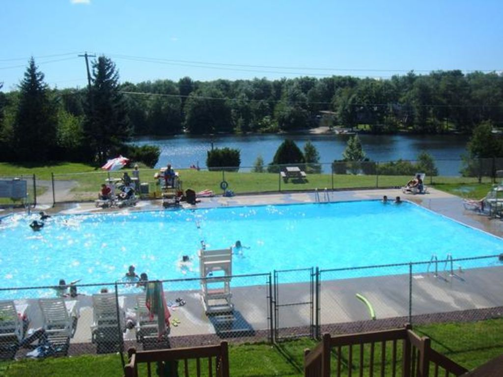 Lakefront Quiet Home Fireplace Dock Wifi Pool Table Wii Boat Kayaks Tobyhanna Poconos