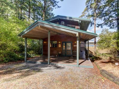 Photo for NEW LISTING! Modern home w/multiple decks, amazing views, peaceful location