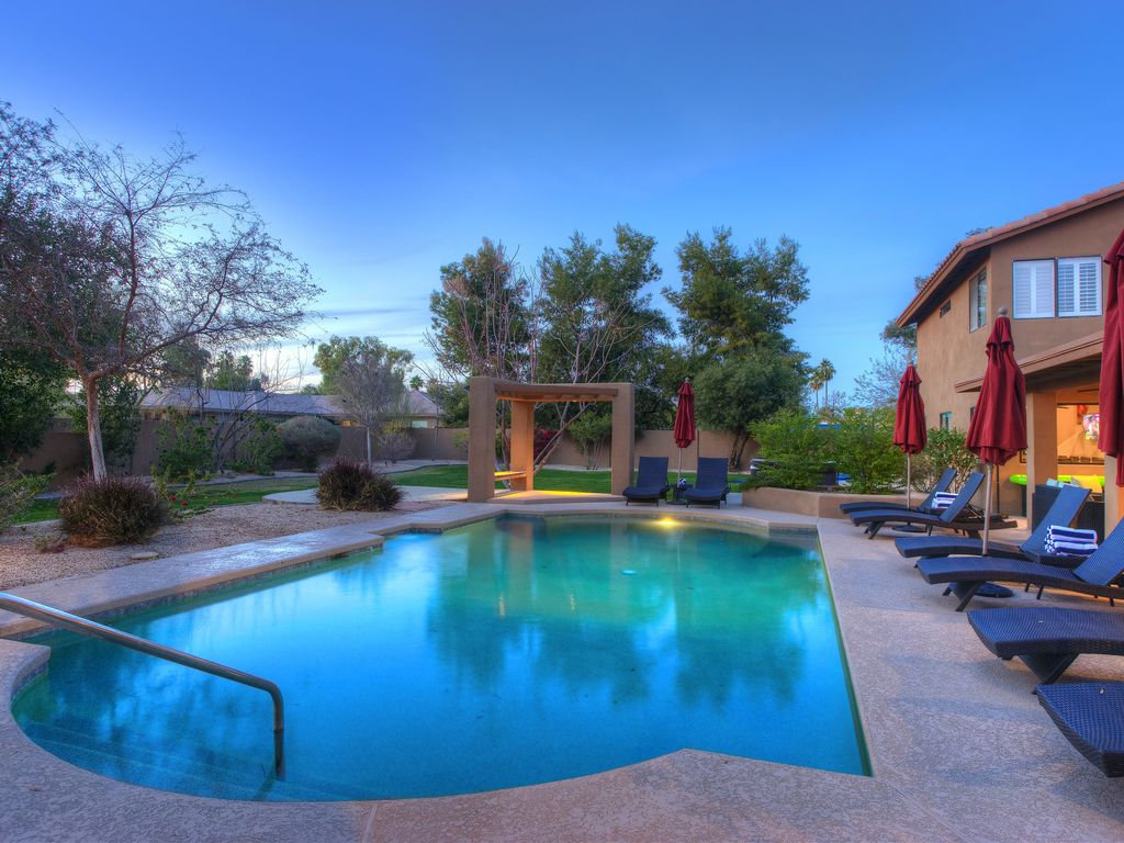 Heated Pool Hot Tub Splash Pad Guest House And More