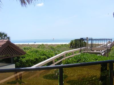 Photo for Beautiful 2nd floor condo with a spectacular beach view.