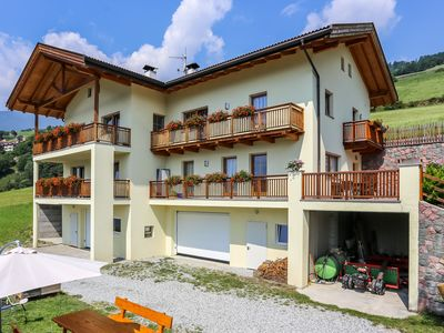 Photo for Apartment Hallerhof with panoramic views offers accommodation for max. 6 persons
